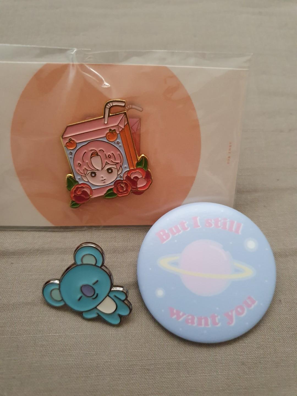 WTS BTS BT21 pins // badges