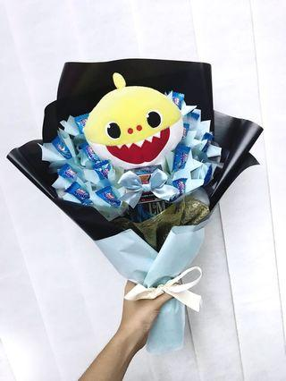 Soft Toy x sweets x cigg Bouquet