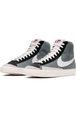 Nike Blazer Mid 77 * Grey