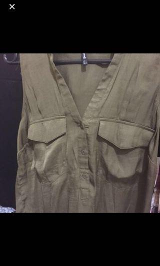 Stradivarius top army