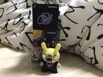 "🚚 Kidrobot 3"" toy figurine - Chupacabra"