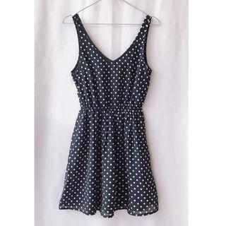 含運【H&M】雙V領 水玉點點縮腰雪紡洋裝(深藍)