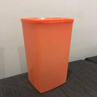 💯 [Tupperware] Tall Square Round Container (2L)