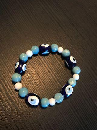 Blue evil eye beads bracelet