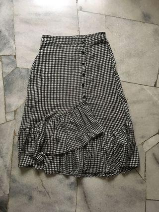 Gingham ruffle skirt #