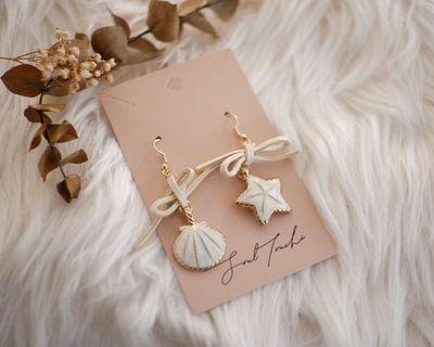 Sea shell earring