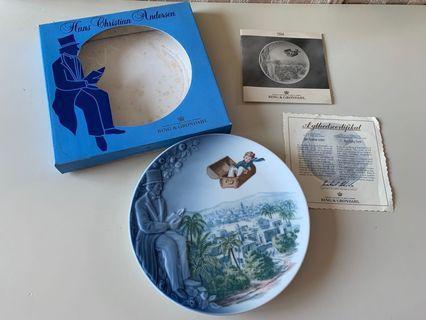 Bing & Grondahl Hans Christian Andersen plate flying trunk 1994