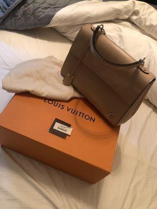LV Louis Vuitton MM Cluny beige top handle epi leather handbag