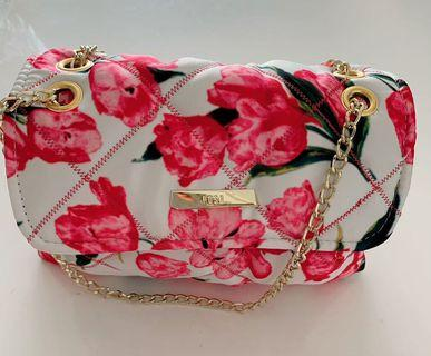 The Posh Bags range of shoulder bags, clutch bags