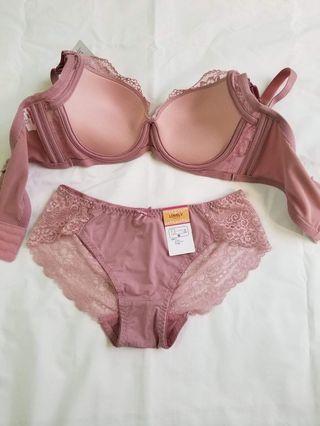 Women's push-up bra lace set ( bra & panties)