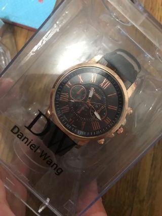 手錶⌚️喜歡請聊聊售出不退換