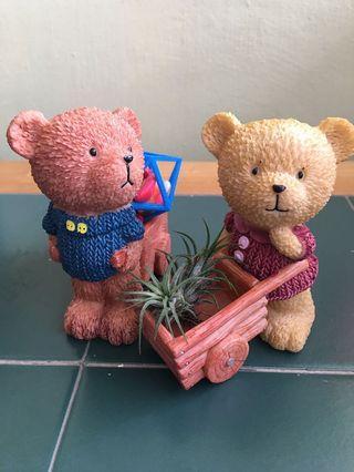 🚚 Lovable Couple Bears