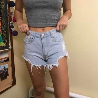 Denim Shorts (celana pendek)