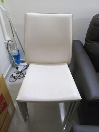 Chairs x 4pc