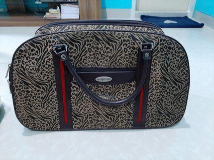 Tas POLO/Pengganti koper muat baju banyak