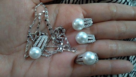 Set jewelry/accessories