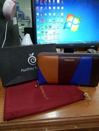 dompet kulit audrey