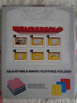 🚚 Adjustable magic clothes folder