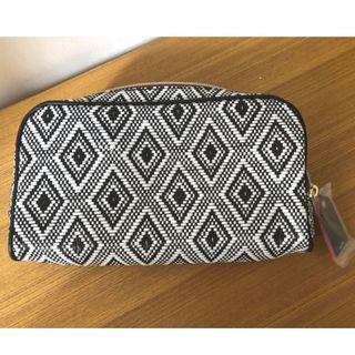 全新Estee Lauder黑白色圖案化妝袋  拉鍊化妝袋/收納用