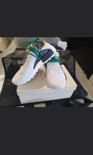 🚚 1000% authentic Adidas Nmd Pharrell Hu Inspiration Pack white don't miss it