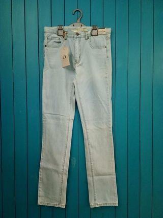 Light denim pants brand new