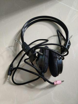 🎇❴清倉價❵ 98%新 耳機加咪1個可調寬度