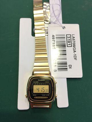 🚚 Bn Casio Gold Tone vintage Digital Watch LA670WGA-1D