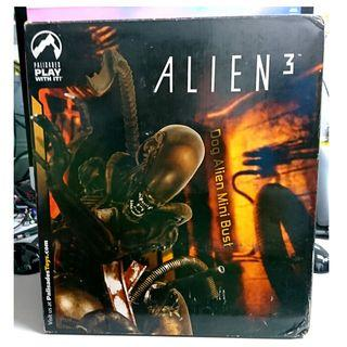 PALISADES TOYS ALIEN 3 DOG ALIEN MINI BUST