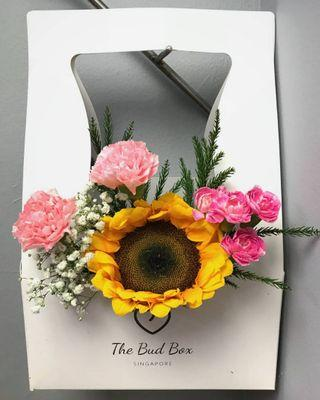Sunflower and pink carnation bloombox
