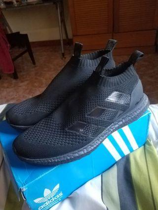 Adidas ultraboost slip on full black size 44 grade ori mulus
