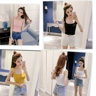 Women  knitted top stretchable..in stock