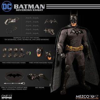 Mezco One:12 Collective Sovereign Knight Batman