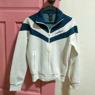 🚚 adidas jacket