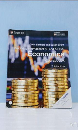 Buku Economics Coursebook Third Edition with CD