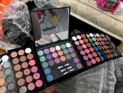 140 Colour Makeup Palette - Miss Rose Blockbuster Professional | Free Makeup Brush 1 set