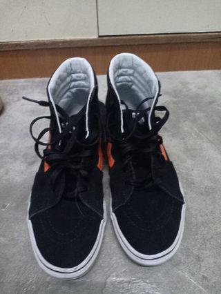 Vans high cut sneakers black