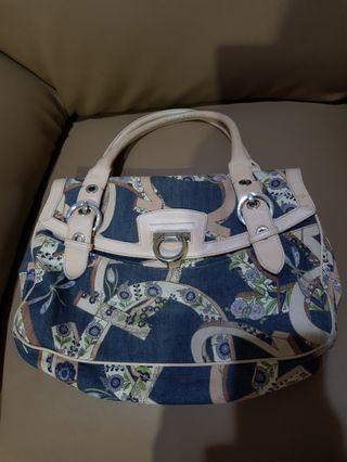 Salvatore Ferragamo Shoulder Bag Authentic