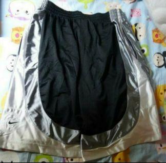 NIKE 籃球褲 Size L