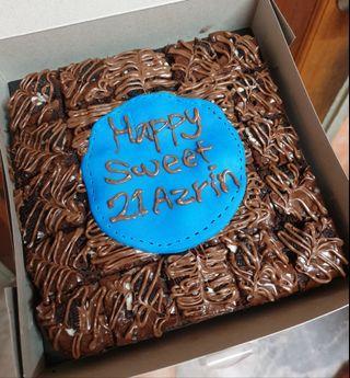 Oreo brownies + nutella topping birthday cake