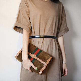 Gucci vintage brown suede clutch bag (unisex)