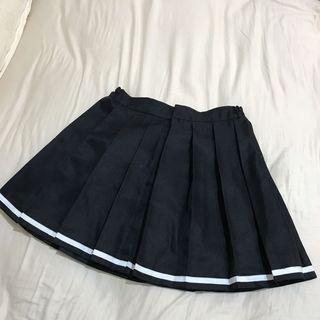 日系黑色白邊百摺裙 百褶短裙 可日常或cosplay用