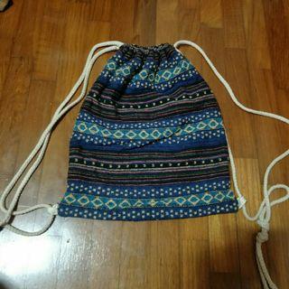 🚚 FREE NM tribal drawstring bag