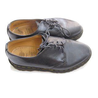 Dr Marten Black England Shoes