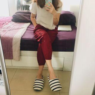 Uniqlo Drape Pants maroon
