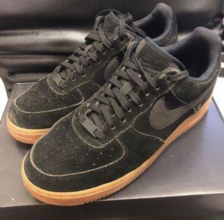 Nike Air Force 1 出清