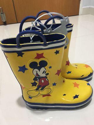 🚚 Disney Mickey boots