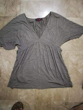 Zara blouse w/tie at the back