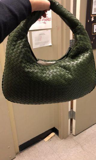 🚚 💚slashed💚 BN Bottega Veneta moss green medium Veneta hobo