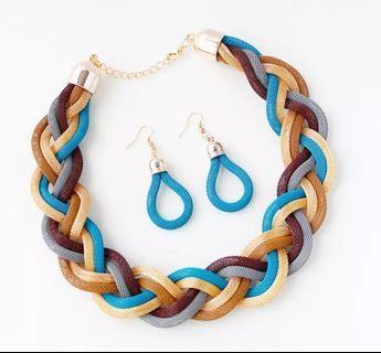 Popular Twisted Different Colors of Necklace and Earrings Chain Jewelry Set