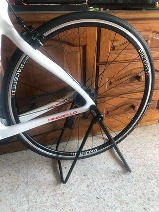 Pacenti Forza and Aivee SR5 hubs with Panaracer Race D EVO3 Tires for sale
